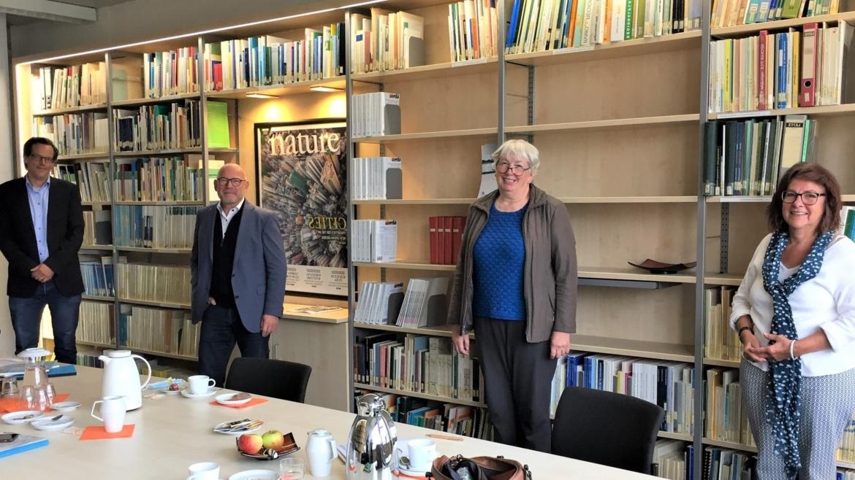 v.r.n.l. Stadträtin B. Schiener, Stellv. Verbandsvorsitzende Region Stuttgart I. Grischtschenko, MdL und Verkehrsminister W. Hermann